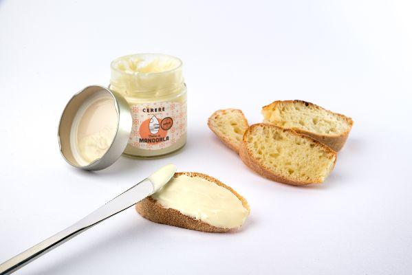 Crema-Spalmabile-di-Mandorla